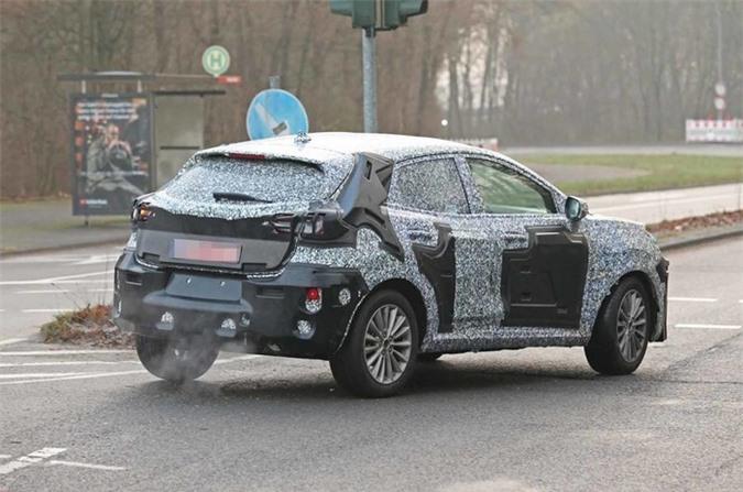 https://media.doanhnghiepvn.vn/Images/Uploaded/Share/2020/01/16/Lo-dien-Ford-EcoSport-2021-sap-ra-mat_4.jpg